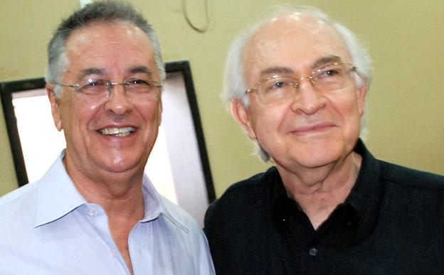 Alberto Rodrigues, excelente locutor e vereador, junto o professor Jota Jota, do Uni-BH