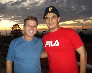 Claudius Tenório e seu ex-aluno e funcionário na Dynamis Tennis Center, hoje árbitro internacional, André Lima