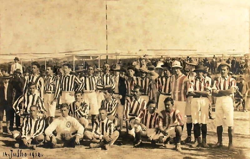 VILLA X ATLÉTICO 1912